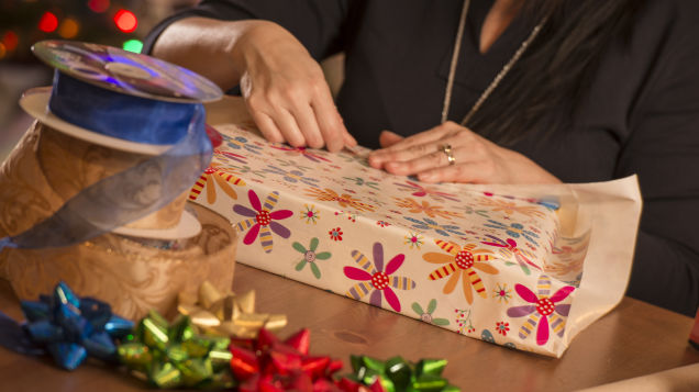 Don't Struggle to Make Your Holiday Wrapping Perfect