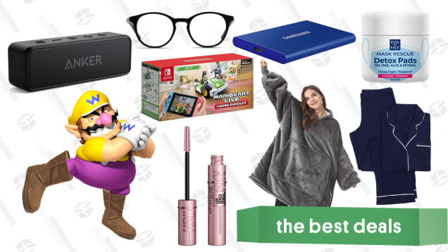Wednesday's Best Deals: Mario Kart Live, Skechers Flurry Boots, Maybelline Sky High Mascara, Anker Soundcore 2, Hitman 3, Blanket Hoodie, and More